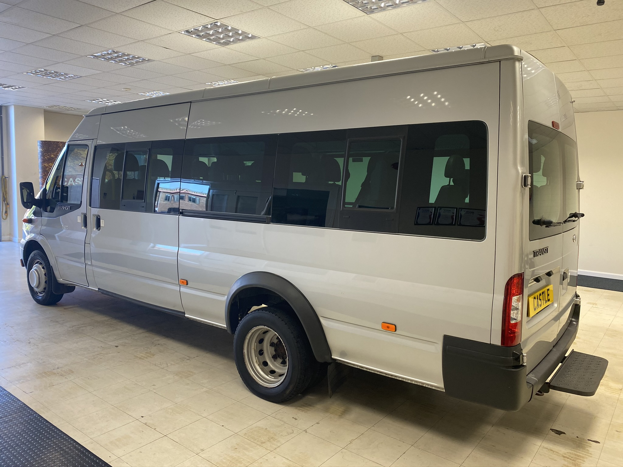 Ford Transit 17 seat minibus for sale