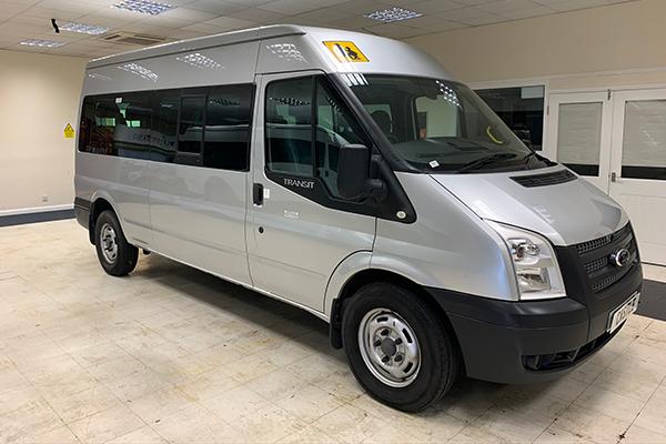 14 Seat Ford Transit Euro 5 Minibus